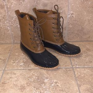 Duck boots - Size 8